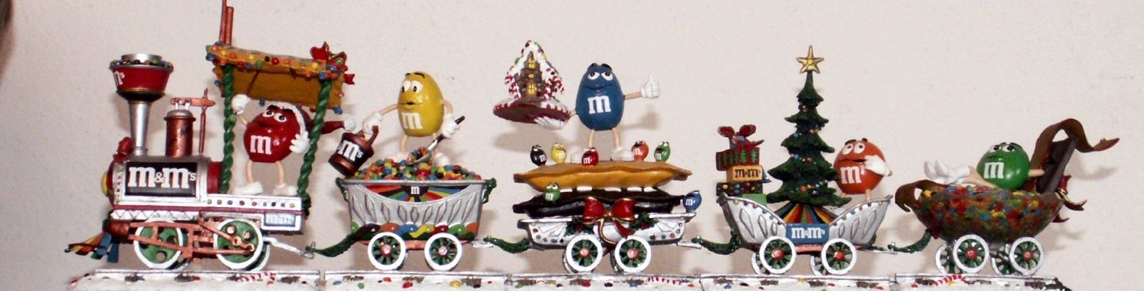 Christmas Train Cast.M M Collectibles From The Danbury Mint