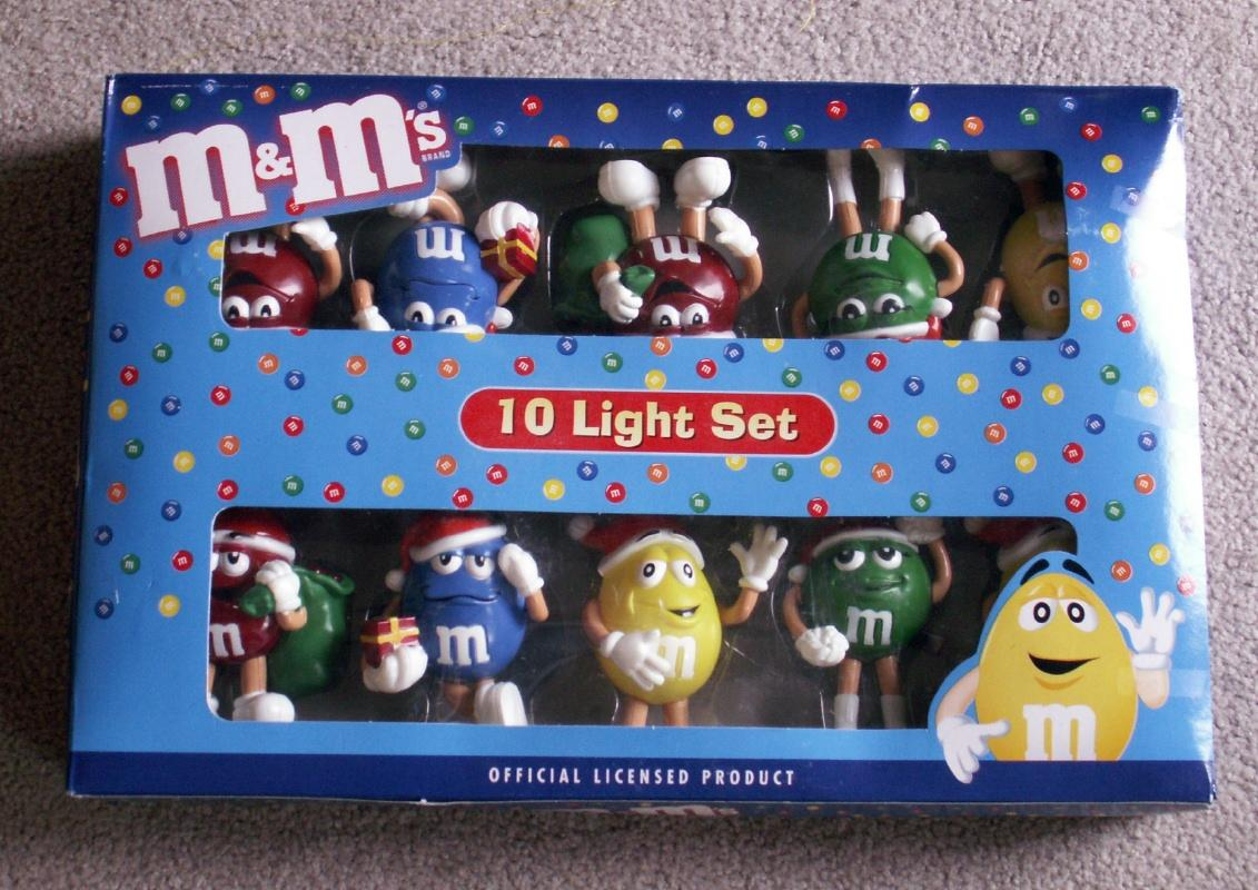 mm christmas tree skirt 44 inches diameters mm happy lights - Mm Christmas Lights