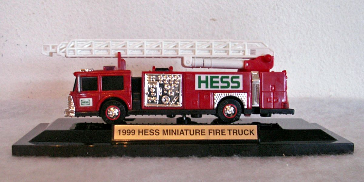 hess helicopter 2001 with Hess on 2001 HESS TOY TRUCK HELICOPTER WITH MOTORCYCLE AND CRUISER 162946312567 Ebay further Hess 2003 additionally 1998 Shell Chrome Edition Tanker Truck also Cinematography together with Hesstrucksp3.